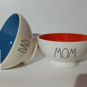 "Rae Dunn ""DAD"" ""MOM"" Bowl Set"